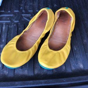 Tieks ballet flats Mustard Yellow Womens Sz 8